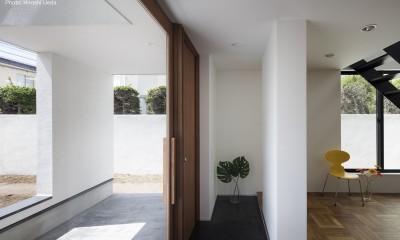 建もの探訪で放送 レコード棚のある家 OUCHI-43 (ポーチと玄関とリビングの繫がり)