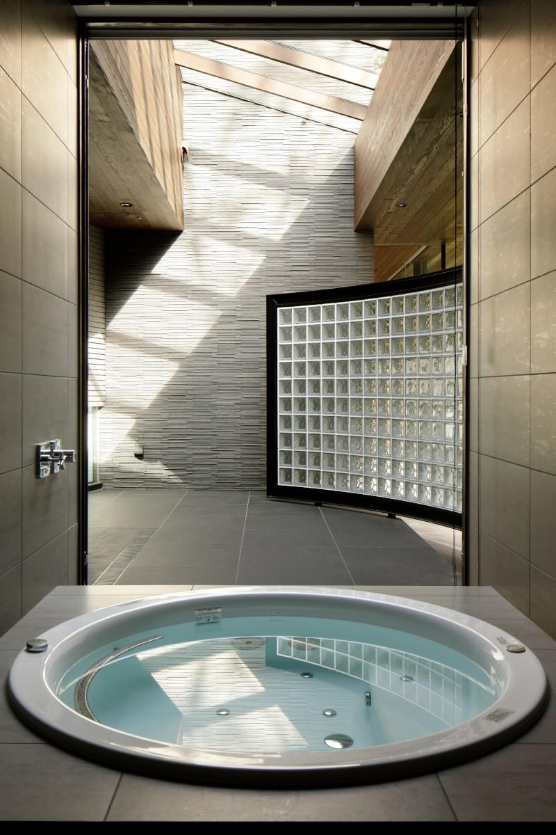 061軽井沢Hさんの家 (浴室)