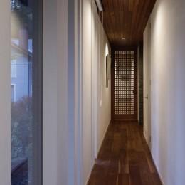 061軽井沢Hさんの家 (廊下)