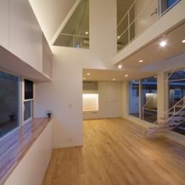 南長崎の家 (リビング夜景)