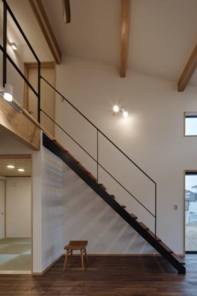 北下馬野町の家 新築工事 (階段)