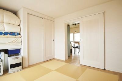 和室 (新しくて懐かしい。家族の新生活に寄り添う「団地リノベ」)