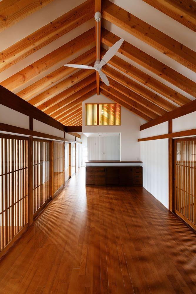 富田林の家 (LDK・消灯時2)