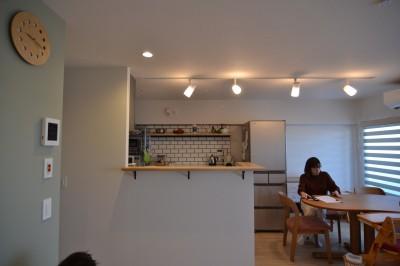 リビングダイ二ング (50平米という限られた空間を広く見せるマンションリノベーション)