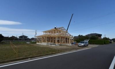 愛知の木組み[工事中] (建前風景(道路から))