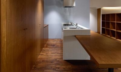 キッチン|Doux パリのおしゃれなアパルトマンをイメージした ワンルーム空間リノベ