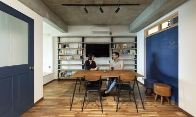 """コミュニティスペース""""MÜCHA""""-「学ぶ・語る」に開かれた家"""
