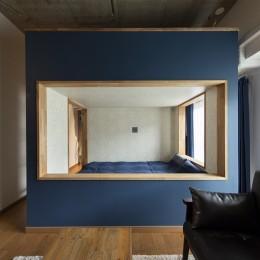 """コミュニティスペース""""MÜCHA""""-「学ぶ・語る」に開かれた家 (ベッドルーム)"""