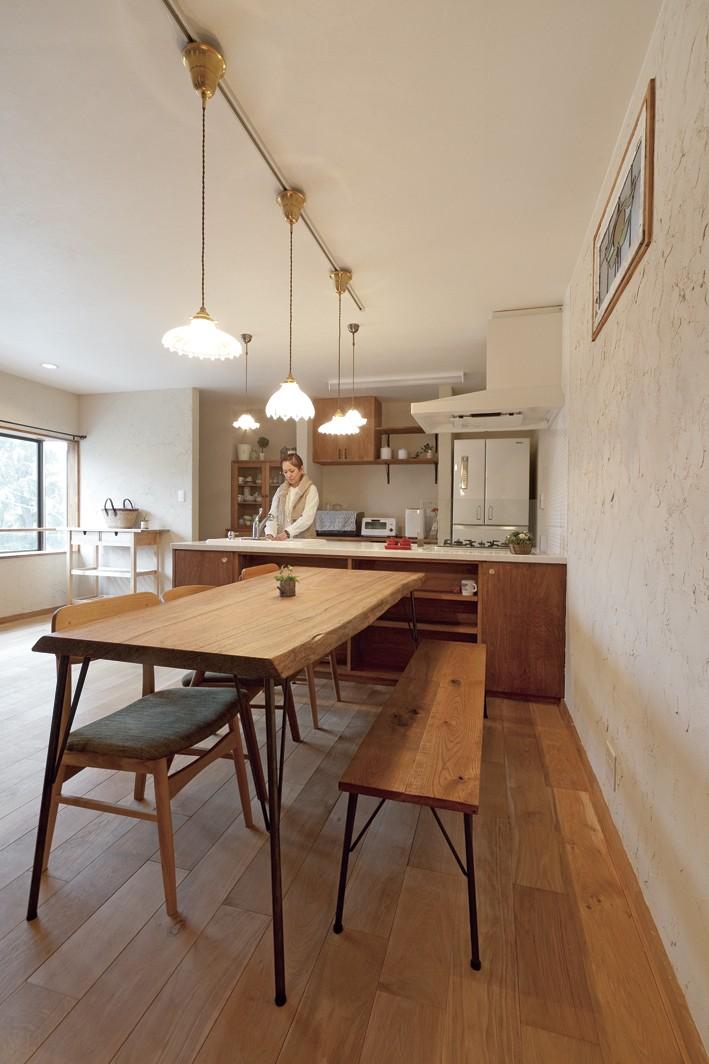 大阪府Fさん邸:家族がつながる開放的なLDK (シックなカフェ風なLDK)