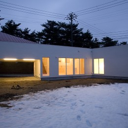 新屋の住宅 (外観)