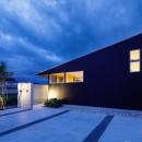 haus-slit / 稜線に沿ったスリットで自然を感じる中庭住宅の写真 haus-slit 外観