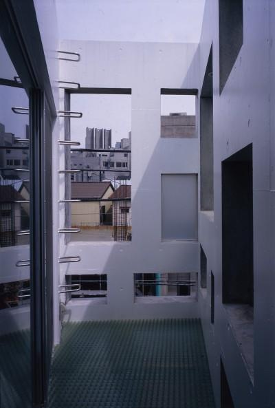 テラス (神宮前の住宅)