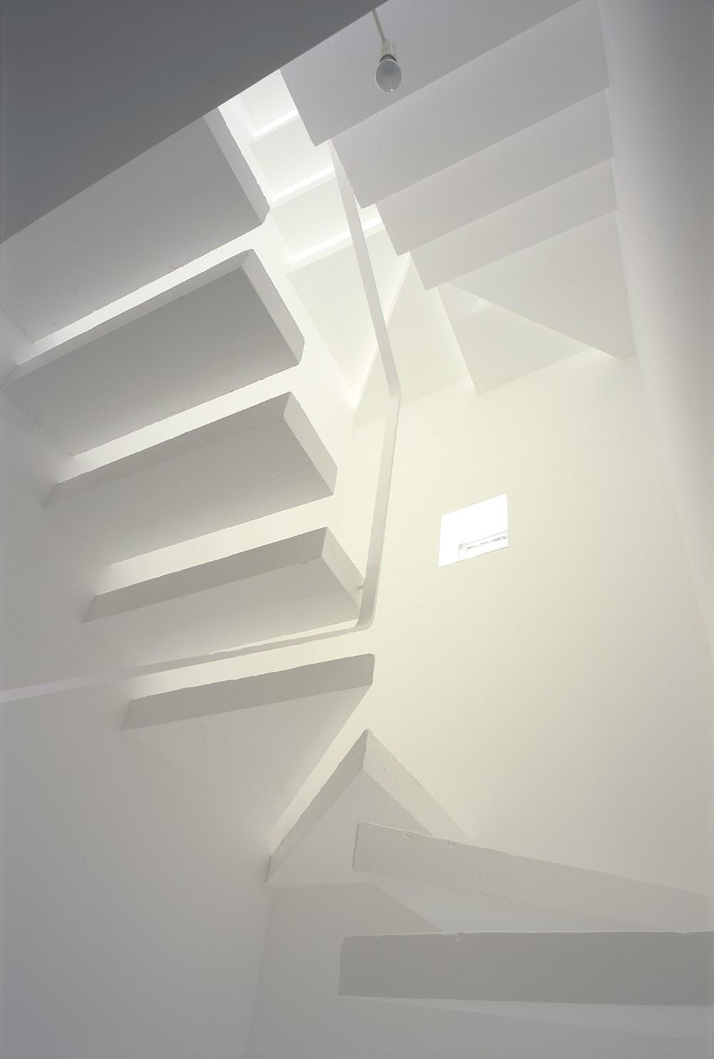 神宮前の住宅 (階段)