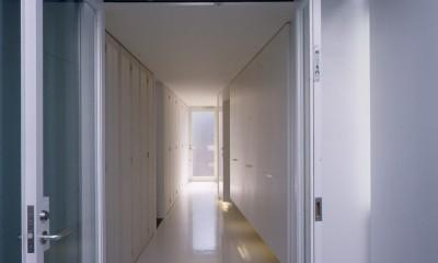 経堂の住宅 (玄関)