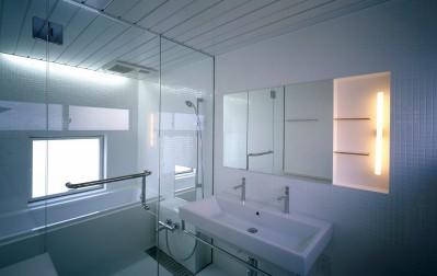 浴室 (経堂の住宅)