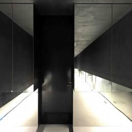 CASKET (玄関)