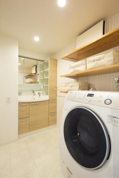 洗面脱衣室 (夫婦の「like」を詰め込んだ家)