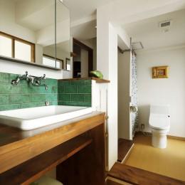 K邸_レトロモダンで快適な暮らし (トイレ)
