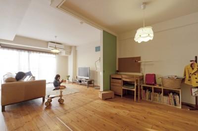 子ども部屋1 (大阪府Tさん邸:子どもに目が届く家族がつながるリノベーション)
