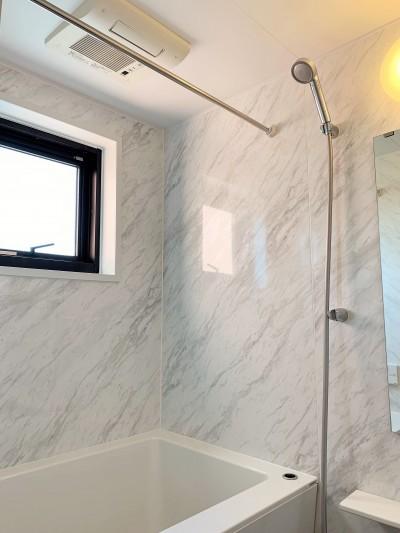 浴室 (~ 大きなL型のリビングカウンターが見どころ ~ スケルトン×フルリノベーション ~)
