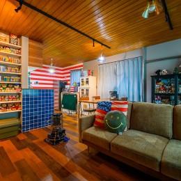 色で遊ぶ、趣味と暮らす家