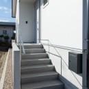 高基礎の平屋の写真 階段・ポーチ