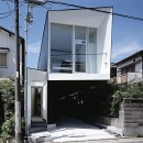 M HOUSE 狭小間口を活かした、道のような家の写真 外観