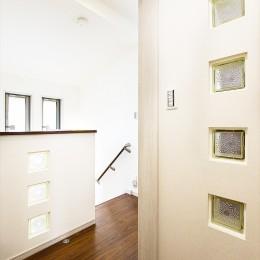 大切な思いを引き継ぐ家に「まるごとリフォーム」 (【階段】)