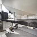 K HOUSE 高台からの眺望を望む、小屋のような住処の写真 玄関