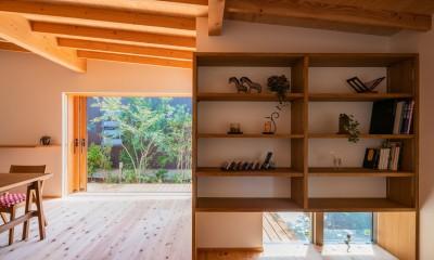 鎌ヶ谷の家D ー私だけの平屋ー (読書スペースから庭)