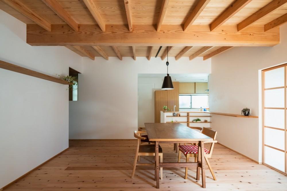 鎌ヶ谷の家D ー私だけの平屋ー (ダイニングからキッチン)