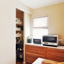横浜市K様邸 ~Smooth Life~の写真 キッチンパントリーの収納量もしっかり確保