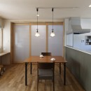 目が行き届く快適な平屋#和歌山の家の写真 閉じることもできるダイニングキッチン
