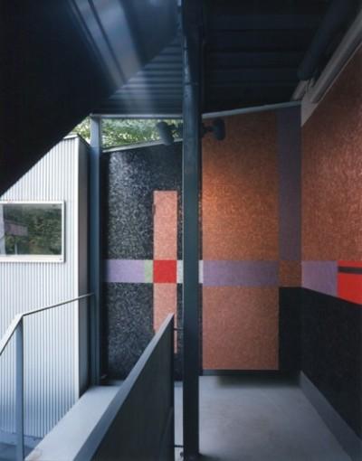 壁画空間 (【ワーク ハウス】壁画。パントマイム。紙芝居。様々な文化を生み出す場)