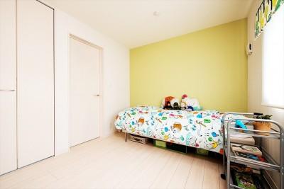 【子供部屋】 (暮らしにあわせて間取りから一新。築51年の家を新築同様の住み心地に)