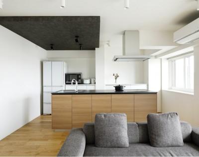 スッキリ片付く家 (これまでの住まいの、お気に入りポイントはいかして不満点を解消した新しい住まい。)