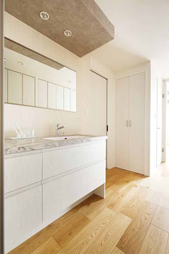 これまでの住まいの、お気に入りポイントはいかして不満点を解消した新しい住まい。 (廊下洗面にしたことで廊下が広く感じられる)