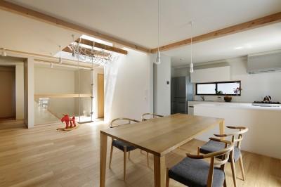 LDK (東五反田の住宅/ 空き家木造住宅のリノベーション)