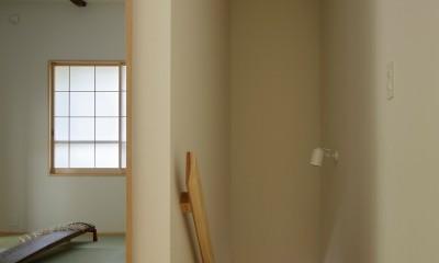 東五反田の住宅/ 空き家木造住宅のリノベーション (廊下と和室)