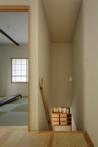 廊下と和室 (東五反田の住宅/ 空き家木造住宅のリノベーション)