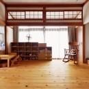 川崎市H様邸 ~レトロに家を育む~の写真 庭に面した明るい部分はお子様の遊び場スペース