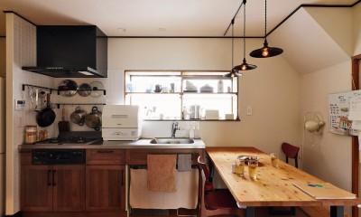 川崎市H様邸 ~レトロに家を育む~ (キッチンはヴィンテージな雰囲気を大切に)