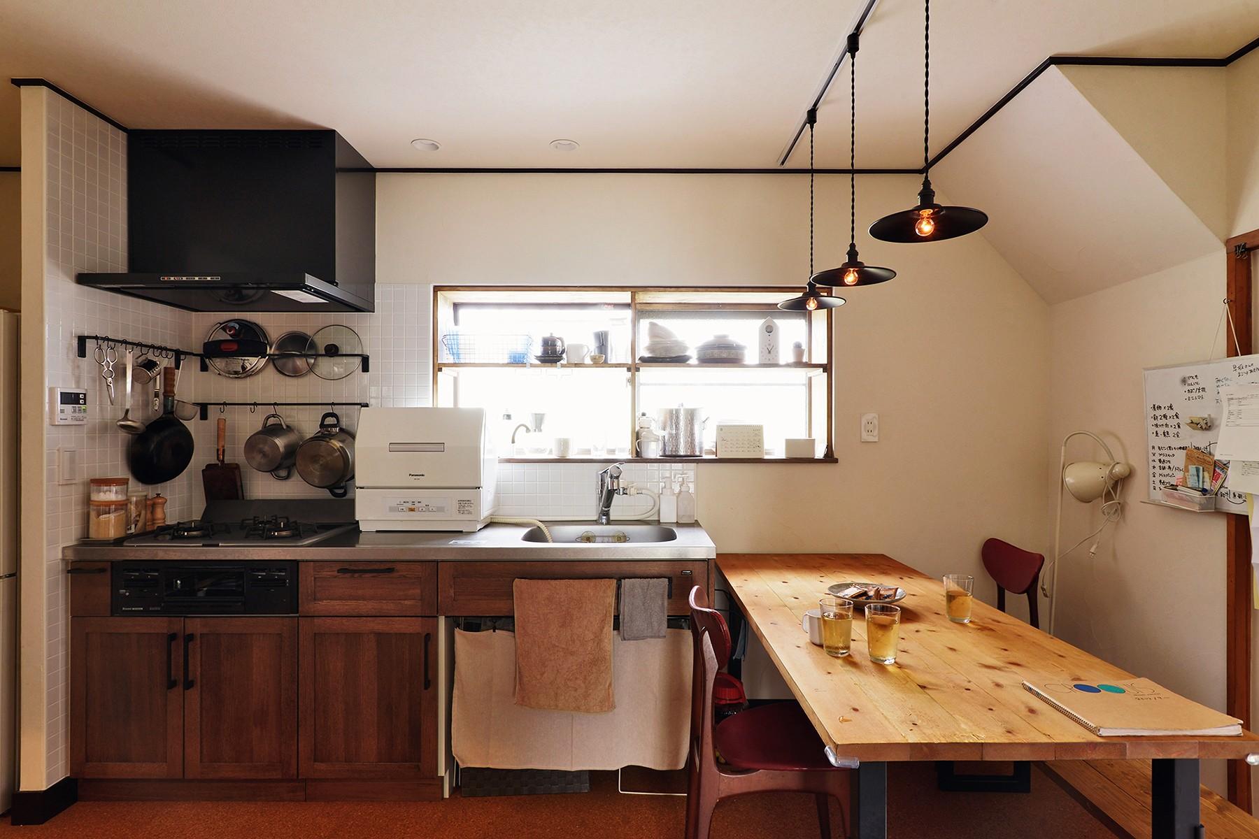 キッチン事例:キッチンはヴィンテージな雰囲気を大切に(川崎市H様邸 ~レトロに家を育む~)
