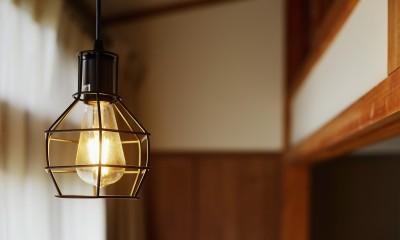 川崎市H様邸 ~レトロに家を育む~ (2F廊下のペンダント照明)