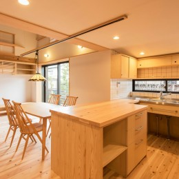 みはらしだいの家|三鷹市(半平屋の暮らし) (キッチン&ダイニング)