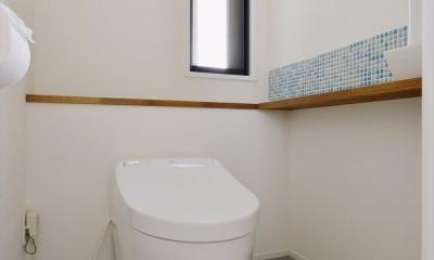 M邸_天衣無縫 壁があっても家族はつながる (トイレ)