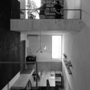 CmSoHo スキップフロアを用い、小さな土地に伸びやかな広がりのある空間を形成の写真 1階