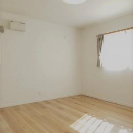 洋風のかわいいお家 (寝室)