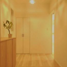 洋風のかわいいお家 (玄関)