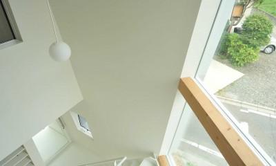 shiro house (階段・吹き抜け)